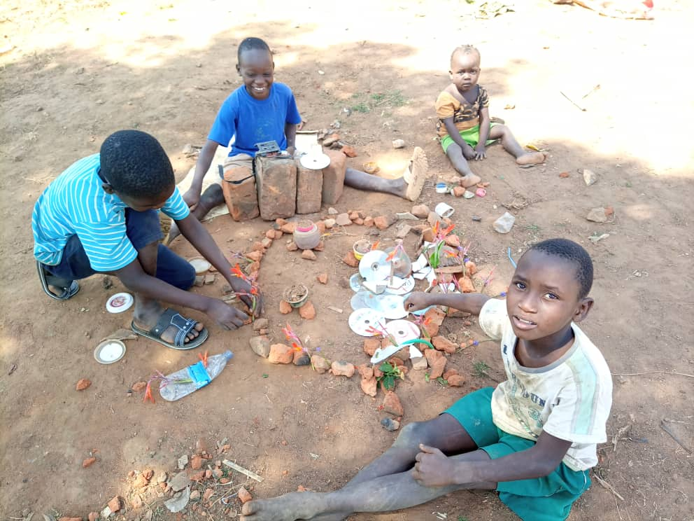 Sustainable Development Community e. V. Luwero Uganda OVC Survey